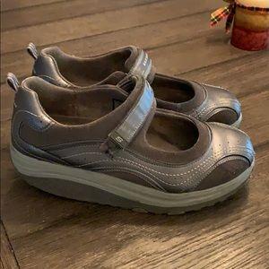 Skechers Shape-ups.  Gray.  Size 10.